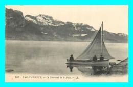 A732 / 091  74 - LAC D'ANNECY Le Tournant De La Puya ( Bateau ) - France