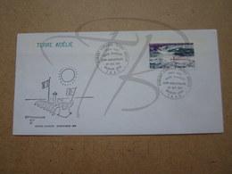 """VEND BEAU TIMBRE DE POSTE AERIENNE DES T.A.A.F. N° 65 SUR LETTRE 1° JOUR , """" DUMONT-D'URVILLE-T.ADELIE """" !!! (c) - FDC"""