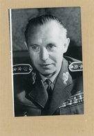 Photo Originale , Le Général MARTIN DZUR  Ministre  De La Défense De  TCHECOSLOVAQUIE - Guerre, Militaire