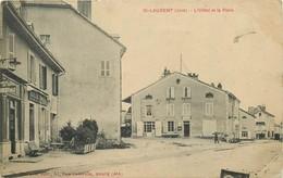 SAINT LAURENT Du JURA- L'hôtel Et La Poste - Altri Comuni