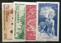 DAHOMEY  ( AERIEN )  Y&T  N°  6/9  TIMBRES  NEUFS  AVEC  TRACE  DE  CHARNIERE . - Dahomey (1899-1944)