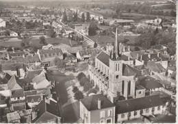 03 - DOMPIERRE SUR BESBRE - L' Eglise Et Le Centre Du Bourg - Francia