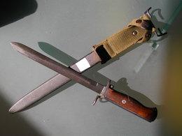 Baionnette Dague Militaire à Identifier - Armes Blanches