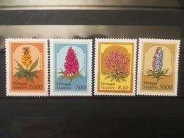 FRANCOBOLLI STAMPS PORTOGALLO PORTUGAL MADEIRA 1981 MNH** NUOVI SERIE COMPLETA FIORI FLOWERS - Madeira