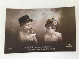 AK Patriotique Enfants Soldat Francais Et Allemand Pickelhaube Pour Le Boches Trop Moche 1915 - Oorlog 1914-18
