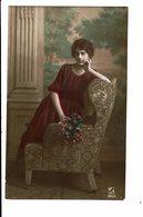 CPA - Carte Postale Pays Bas -  Une Jeune Femme Dans Un Fauteuil-1921-VM4012 - Vrouwen