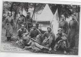 CPA MILITARIA 10 MAILLY LE CAMP LES RUSSES AU BIVOUAC  ** JOLI CLICHE RARE ** - Mailly-le-Camp