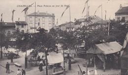 CHAZELLES Sur LYON Place Poterne Un Jour De Fete - Other Municipalities