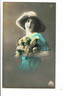 CPA - Carte Postale Pays Bas -  Une Jeune Femme Avec Un Chapeau Conique -1918-VM4013 - Vrouwen
