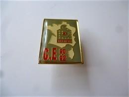 PINS   SECURIPOST CE 90-92  Carte De France Logo / 33NAT - Mail Services