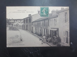 Montfaucon Sur Moine  Rue De La Mairie - Montfaucon
