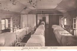 92DB01A3 CPA 92 - ANTONY  INSTITUT DE LA CROIX  UN DORTOIR     VT1936 - Antony