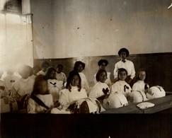 Duke Of Connaught SCHOOL SOUTH AFRICA ST HELENA ENFANTS KIDS NIÑOS KINDEREN 21*16CM Fonds Victor FORBIN 1864-1947 - Africa