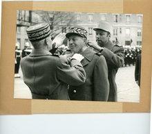 Photo Originale . Le Général  PERDU  Commandant Des Sapeurs Pompiers De Paris , Commandeur De La Légion D'honneur En 73 - Guerre, Militaire