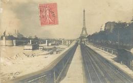 CARTE PHOTO PARIS TOUR EIFFEL - TRAVAUX ? - Tour Eiffel