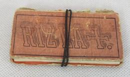 Très Ancien Paquet De Rizzla - Fermeture à Lacet - MIC - Tabac (objets Liés)