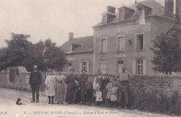 Carte 1910 BOUSSAC BOURG / MAISON D'ECOLE ET MAIRIE - Boussac