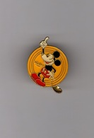 Pin's Mickey (époxy Signé Disney Remus) - Disney
