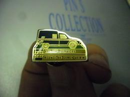 Pin's EDF GDF Agence De Cergy Vexin (95) - AUTOMOBILE  - Auto @ 22 Mm X 14 Mm - EDF GDF