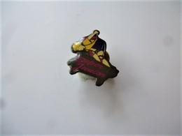 PINS ESCALADE SUPER JUNIOR  / 33NAT - Badges