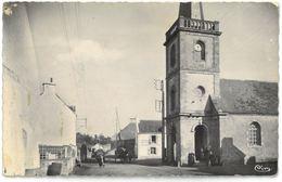 CPSM SAINT ARMEL - La Place De L'Eglise - Animée - Photo Combier - Andere Gemeenten