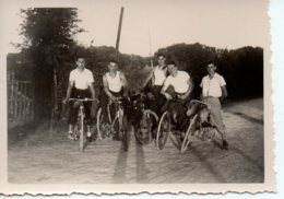 Photo 4 Copains à Vélo Années 40. - Ciclismo