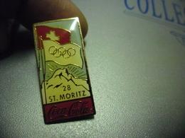 Grand Pin's COCA COLA - Suisse Saint Moritz @ 30 Mm X 15 Mm - Coca-Cola