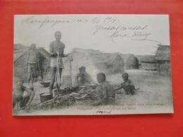 CPA MADAGASCAR/MAHAVAVY CUISANT UNE TORTUE 1914 - Madagascar