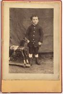 Cabinet. Enfant Avec Son Jouet. Cheval à Roulettes. Photographe Léon Duval à Bolbec. - Foto