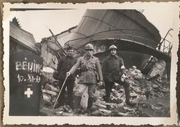 Militaria. Béning. Militaires. Ruines D'un Gazomètre. Destruction. Guerre 1939-45. Béning-lès-Saint-Avold. Moselle. - Guerre, Militaire