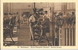 CPA Montesson Ecole Théophile Roussel Atelier Du Fer - Montesson