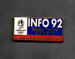 Pin's Radio France Savoie INFO 92 JO ALBERTVILLE 92 - Jeux Olympiques