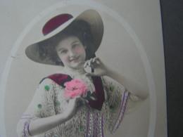 Lady Mit Hut  1909 - Mode
