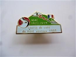 PINS RALLYE ASAC VAUCLUSIEN Course De Côte Du Mont Ventoux 1991 / Doré /  33NAT - Rallye