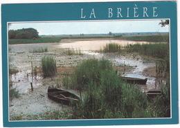 Presqu'ile De Guerande - La Brière, Les Chalands Sur Les Bords D'une Pillarde - (Loire Atl.) - Guérande