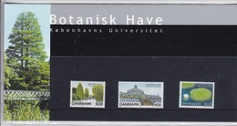 Denmark, SM 41, Souvenir Folder, Botanical Garden, 2001       Postal Value 22,25 Kr - Dänemark
