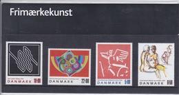 Denmark, SM 49, Souvenir Folder, Stamp Art, 2001       Postal Value 51,50 Kr - Dänemark