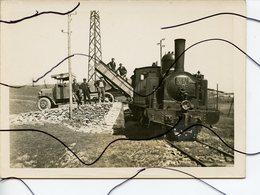 3 PHOTOS ANIMÉES IDENTIFIÉES .TARN. Train Vapeur CFDT 12 Une Carrière Pierres D'ardoises ? Chargement Wagons-wagonnets. - Trains