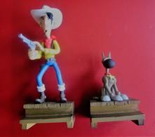 Figurines  Bandes Dessinées SCHLEICH LUCKY LUKE & RANTANPLAN EN RESINE PUBLICITAIRE ATLAS MORRIS 2009 - Beeldjes