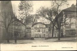 Cp Joigny Sur Meuse Yonne, La Gendarmerie - Frankrijk