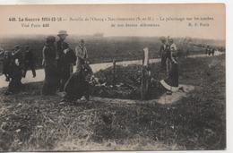 Cpa.77.Neufmontiers.Pélerinage Sur Les Tombes.guerre 14.animé Personnages - Otros Municipios