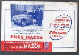 (automobile) Buvard 4CV RENAULT   Offert Par La PILE MAZDA (PPP11075) - Baterías