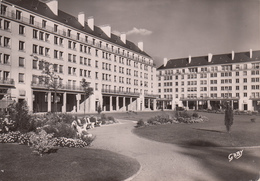 CAEN : Place De La Résistance Années 50 - Caen
