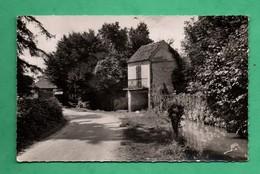 78 Yvelines Mantes La Ville Rue Des Prés ( Format 8,8cm X 14cm ) Trou De Punaise Voir Scans - Mantes La Ville