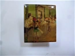 PINS  Edgar Degas La Classe De Danse / éditions Atlas  Art Peinture Tableau / 33NAT - Celebrities