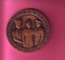 MEDAILLE BRONZE 1982 GADZARTS FRATERNITEC'ESTLA NOTRE DEVISE SOCIETE DES INGENIEURS ARTS Et METIERS FONDEE EN 1846 - Professionals / Firms