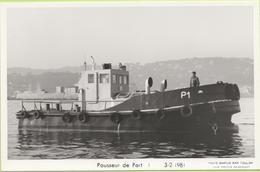 Pousseur De Port   3-2-1981   / Photo Marius Bar, Toulon / Marine - Bateaux - Guerre - Militaire - Guerra