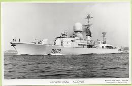 Corvette   ASM  ACONIT   / Photo Marius Bar, Toulon / Marine - Bateaux - Guerre - Militaire - Warships