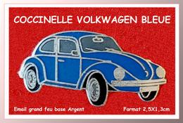 SUPER PIN'S VOLKSWAGEN : Belle COCCINELLE BLEUE, émail Grand Feu Base ARGENT, Format 2,5X1,3cm - Volkswagen