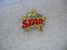 Pin's Radio Star Sur Mulhouse - Médias